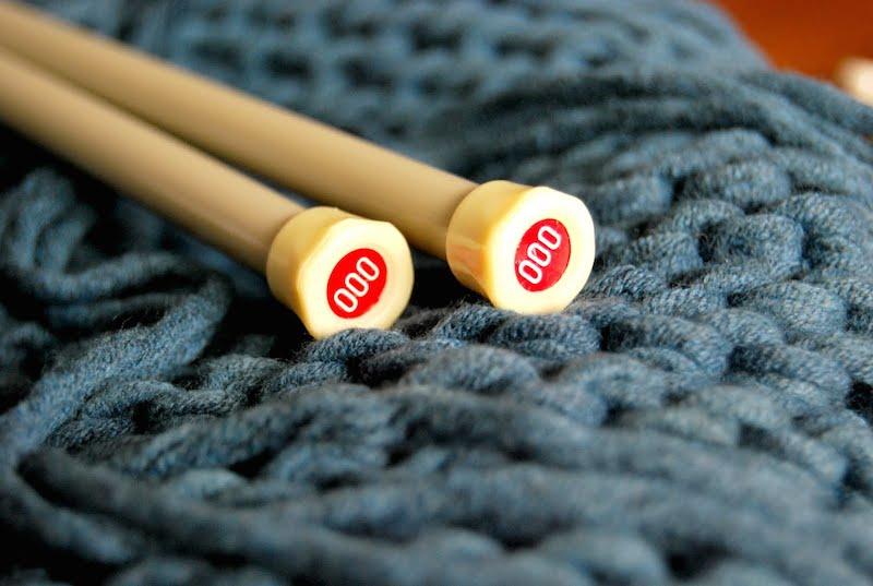 Techniques spécifiques pour apprendre à tricoter.